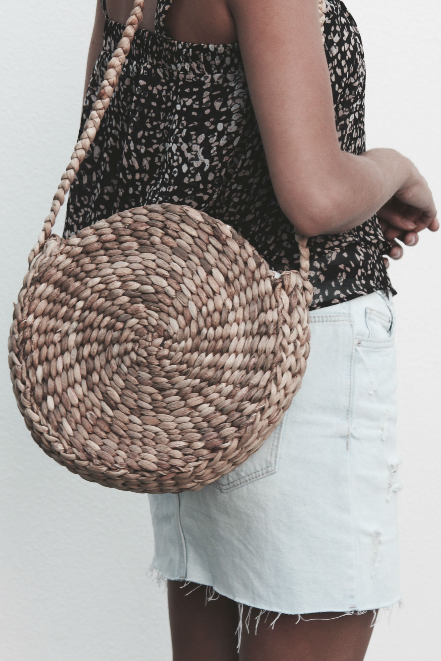 Scandic Gypsy Lily Round Bag