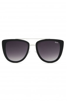 Quay Eye Wear French Kiss