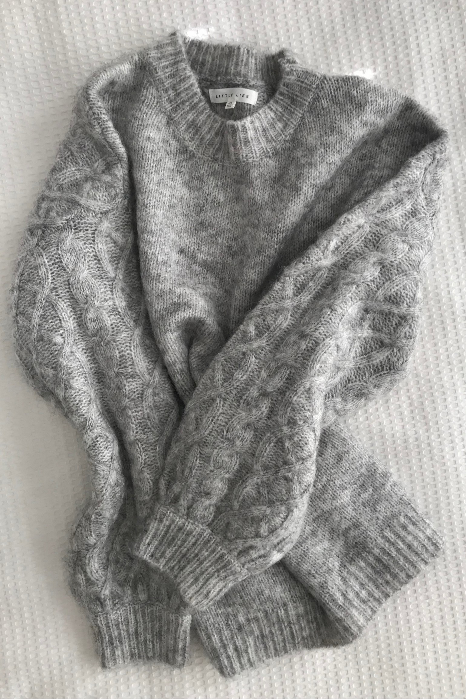 Little Lies Cable Sleeve Knit